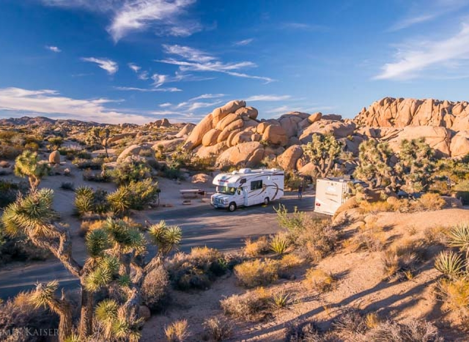jumbo-rocks-campground-joshua-tree