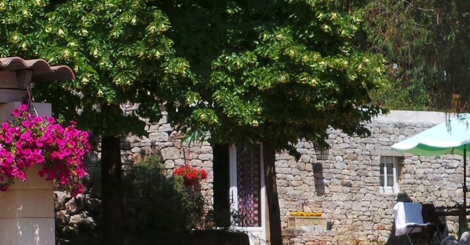 garden-studio-guesthouse-avignon